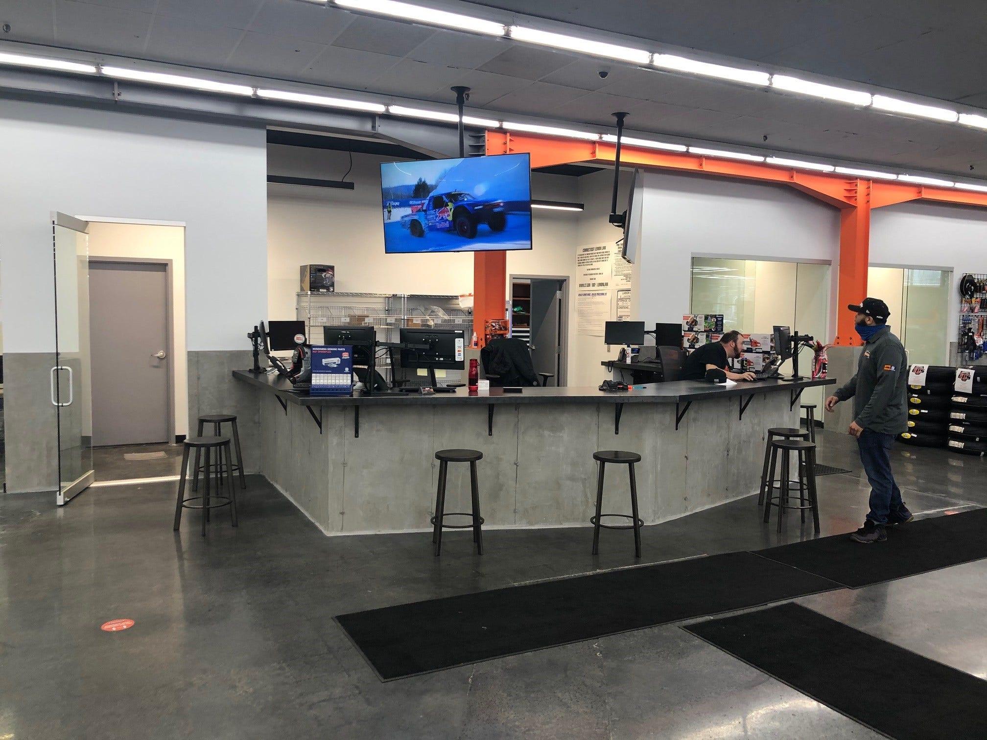Power Equipment Service Center